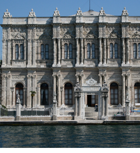 Istanbul_Turkey_Dolmabahce_Palace