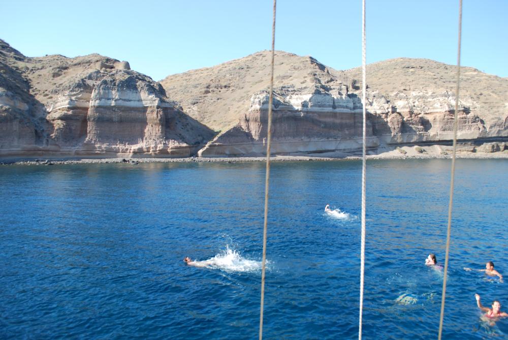 Santorini_Volcano_Cruise_Greece